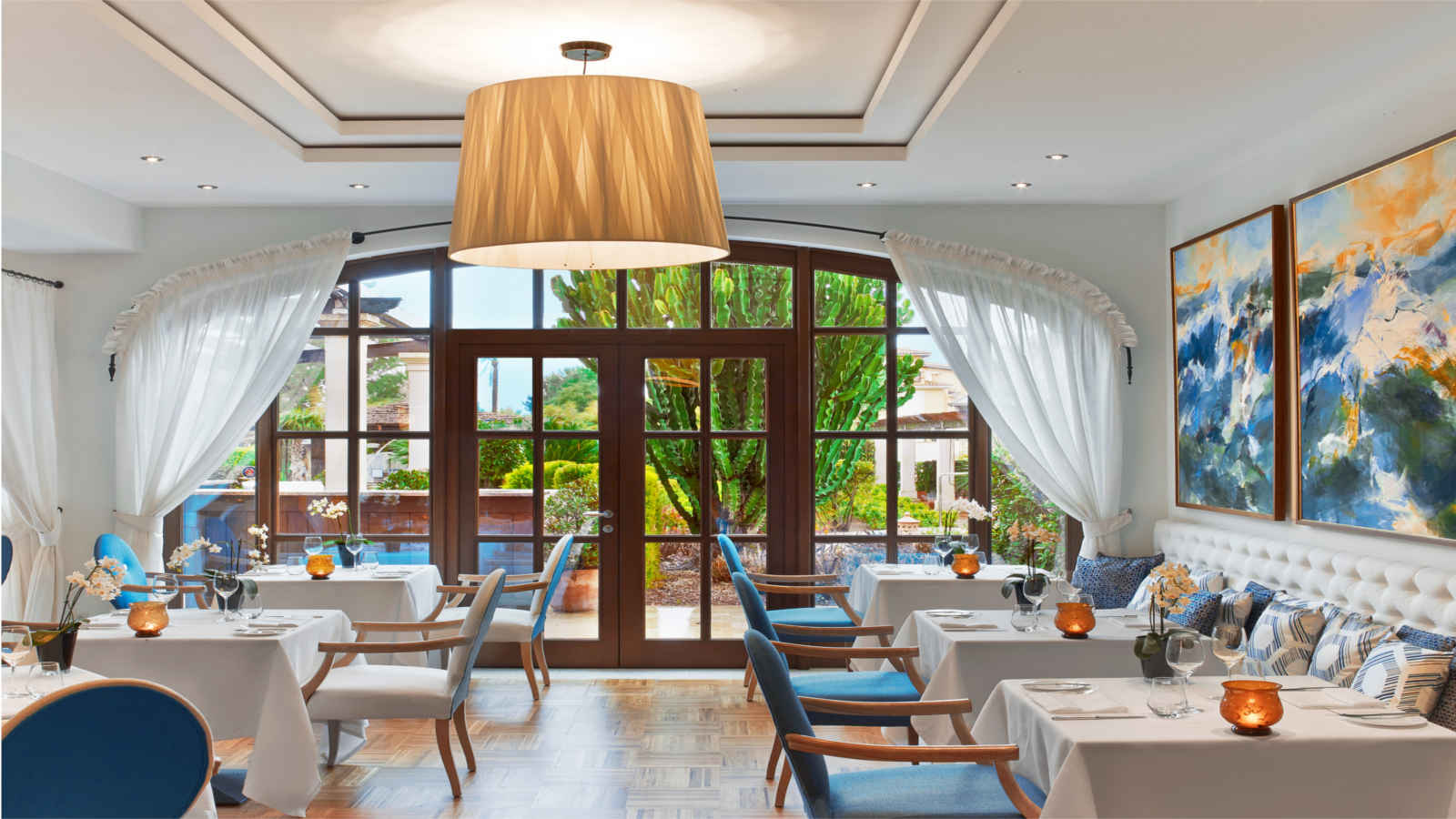 Restaurant Aqua | The St. Regis Mardavall Mallorca Resort